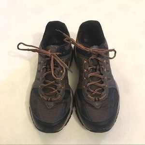Men's Avia hiking shoes boots sneakers